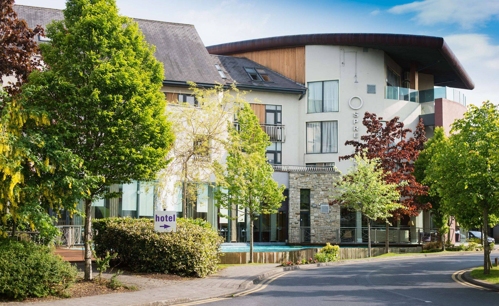 Pictured is the south-facing exterior of the Osprey Hotel in Naas; the hotel and fair entrances are ground-level and easily accessed when using a wheelchair.